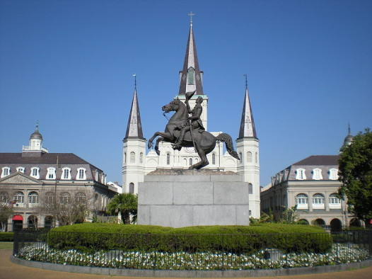 800px-Jackson_Square_New_Orleans