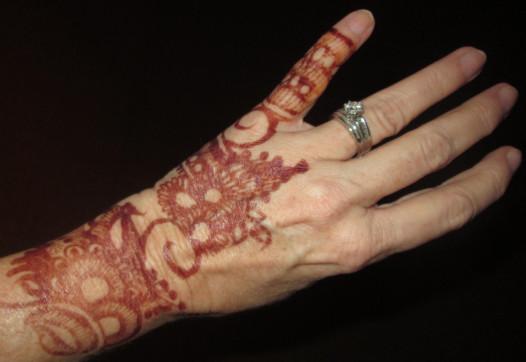 Henna tattoo proves a conversation-starter.
