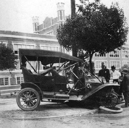 Auto wreck in front of Warren Easton school, c. 1914. Credit: Old-New-Orleans.com