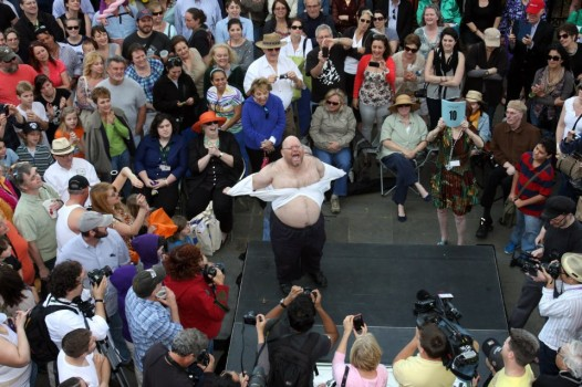 A contestant in the 2013 Stella! Shouting Contest at the Tennessee Williams Fest.
