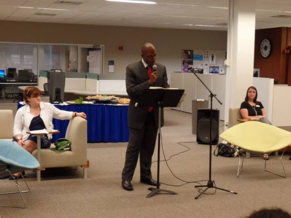 Maurice Ruffin reads from his essay in Unfathomable City at a One Book One New Orleans event at Dillard University (photo: Malik Bartholomew)