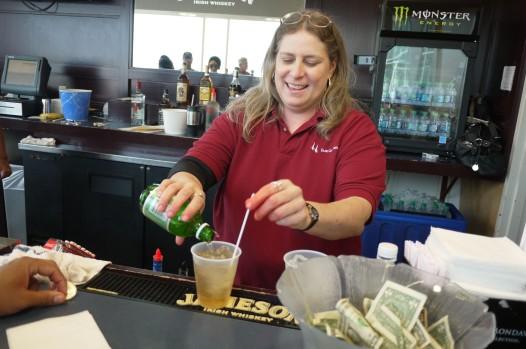 Bartender Miss Traci Boudreaux concocts cocktails that won't break the calorie bank. (photo: Summer Suleiman)