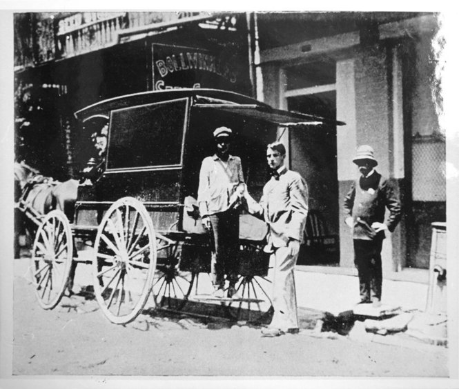New Orleans, 1905: Screened horse-drawn ambulance during outbreak of Yellow Fever, the last to strike the city.