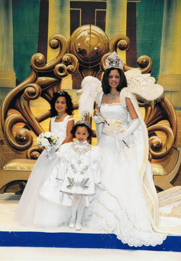 When Brittany was queen, Jessica served as a princess and Lauren a page, making it a rare three-sister bal