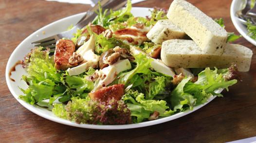 800px-Fig_Salad
