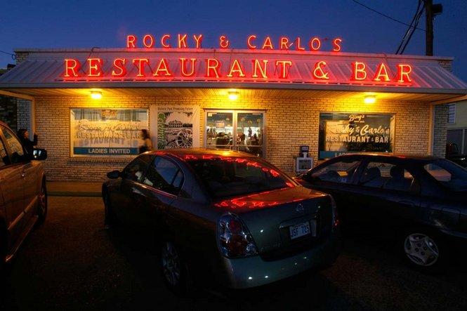 Rocky & Carlo's Restaurant & Bar – Via Nola Vie